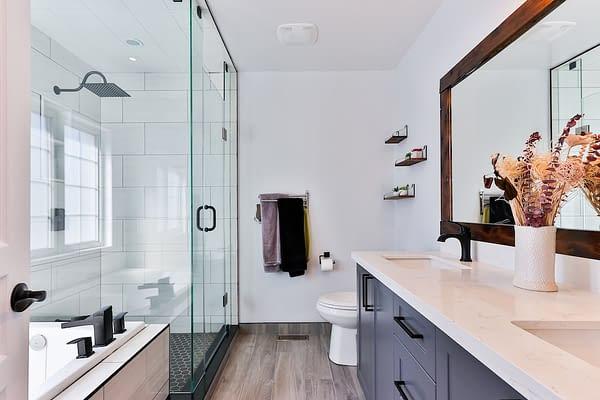 sustainable-flooring-bathroom